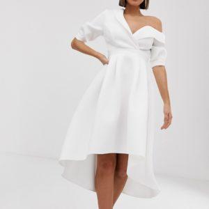 ASOS DESIGN – Fallen – Midiballkleid mit Smoking-Schultern – Weiß