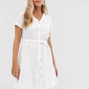 Vero Moda – Geknöpftes Kleid mit Schößchen – Weiß
