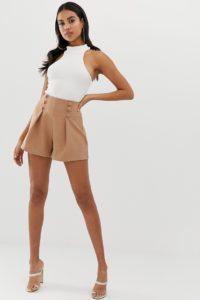4th & Reckless - Mokkabraune Shorts mit seitlichem Knopfdetail - Braun - Farbe:Braun