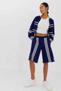 adidas Originals x Ji Won Choi - Marineblaue Shorts mit verschiedenen Streifen - Navy - Farbe:Navy