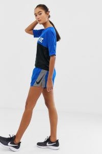 Nike Running - Elevate - Blaue Shorts im Farbblock-Design - Blau - Farbe:Blau