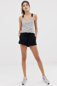 ASOS 4505 - Shorts aus Sweatshirtstoff - Schwarz - Farbe:Schwarz