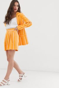 ASOS DESIGN - Anzugshorts in Gelb gestreift - Mehrfarbig - Farbe:Mehrfarbig