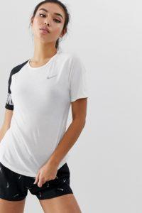 Nike Running - Miler - T-Shirt in Schwarz und Weiß mit Farbblockdesign - Schwarz - Farbe:Schwarz