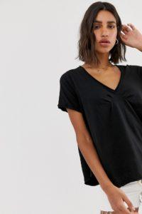 Free People - All You Need - T-Shirt mit V-Ausschnitt - Schwarz - Farbe:Schwarz