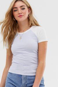 Hollister - Geripptes T-Shirt mit Blockfarben - Blau - Farbe:Blau
