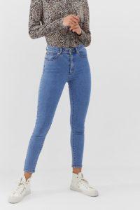 Abrand - Enge Jeans mit kurzem Schnitt und hohem Bund - Blau - Farbe:Blau