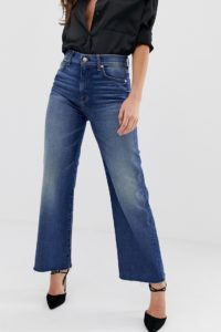 7 For All Mankind - Alexa - Kurz geschnittene Jeans mit unverarbeitetem Saum - Blau - Farbe:Blau