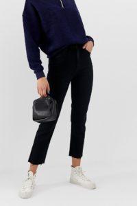 Abrand - Mom-Jeans mit hohem Bund im Stil der 94er-Jahre - Schwarz - Farbe:Schwarz