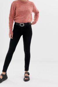 2NDDAY - Jolie - Enge Jeans mit mittelhohem Bund und Fransensaum - Schwarz - Farbe:Schwarz