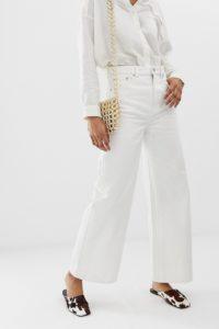 Weekday - Ace - Jeans mit weitem Beinschnitt in gebrochenem Weiß - Weiß - Farbe:Weiß