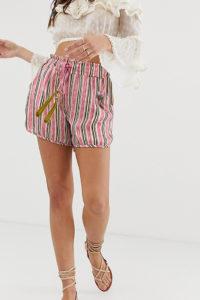 Aratta - Legere Shorts mit Streifen und Kontrast-Quastendetail