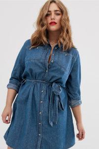 Simply Be - Hemdkleid aus Denim mit Gürtel in Blau - Blau - Farbe:Blau