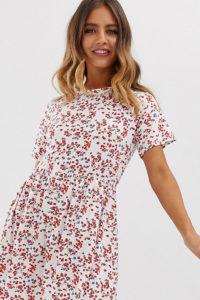 Wednesday's Girl - Kurzes Hängerkleid mit Blümchenmuster - Weiß - Farbe:Weiß