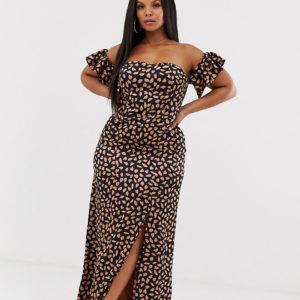 Koco & K Plus – Schulterfreies Midaxi-Kleid mit Schlitz am Oberschenkel und gesprenkeltem Print – Mehrfarbig