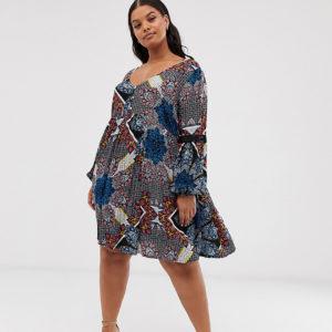 Simply Be – Hängerkleid mit Paisleymuster – Mehrfarbig