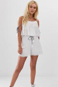 Wednesday's Girl - Shorts mit Fransenverzierung