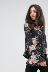 Missguided Tall - Hemd mit Blumenprint und ausgestellten Ärmeln - Schwarz - Farbe:Schwarz