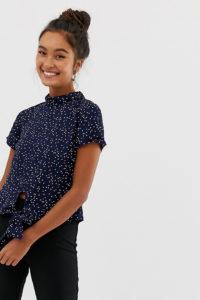Wednesday's Girl - Hochgeschlossenes Oberteil mit Schnürung vorne und kleinen Punkten - Navy - Farbe:Navy