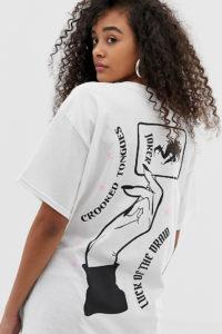 Crooked Tongues - Weißes Oversize-T-Shirt mit Luck-Print hinten - Weiß - Farbe:Weiß