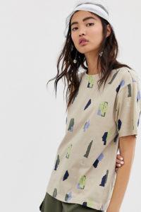 Monki - Beiges Oversize-Hemd mit Gesichtsprint - Beige - Farbe:Beige