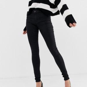 Vero Moda Tall – Enge Jeans in Schwarz – Schwarz