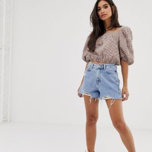 New Look Petite – Blaue Mom-Shorts mit Abnutzungseffekten – Blau