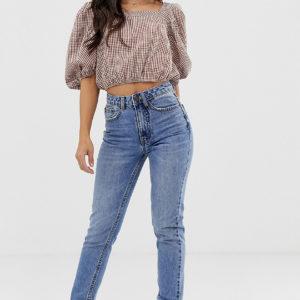 Vero Moda Petite – Grell verwaschene Mom-Jeans mit hohem Bund – Blau