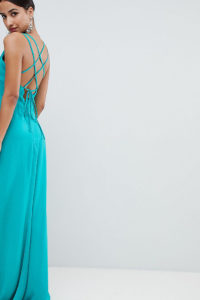 Flounce London - Maxikleid mit tiefem Ausschnitt und Riemendesign am Rücken - Grün - Farbe:Grün
