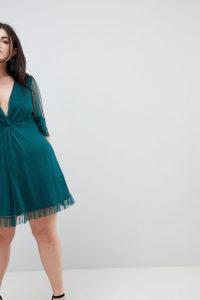 ASOS CURVE - Gepunktetes Mini-Skaterkleid mit Knoten vorn und Spitzenbesatz - Grün - Farbe:Grün
